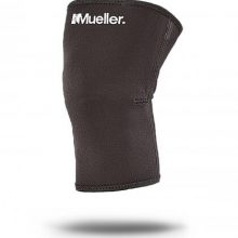 Mueller Sports Medicine Knee Sleeve - Closed Patella