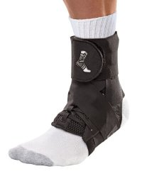Mueller Sports Medicine The ONE Ankle Brace